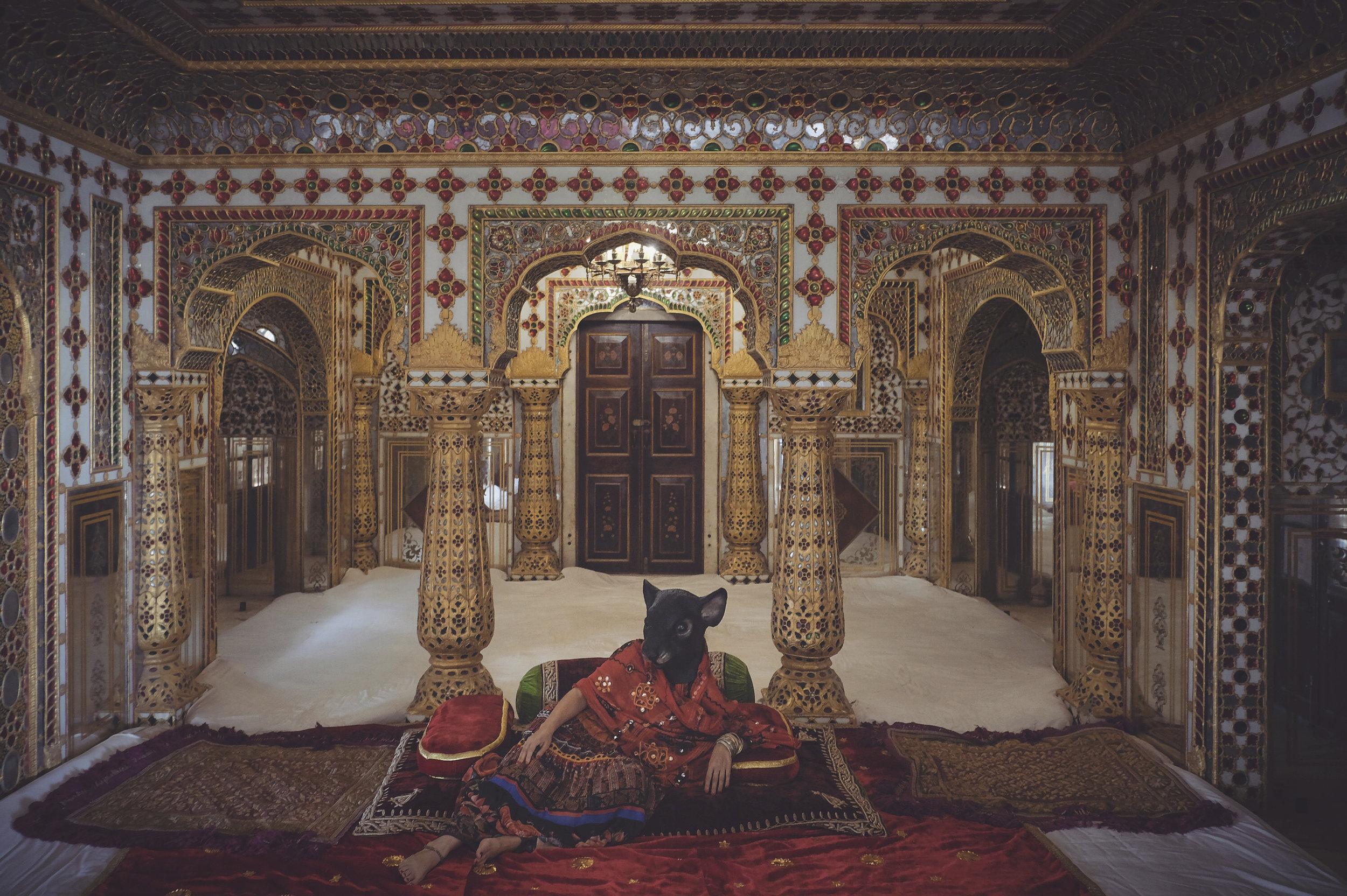 clairerosen_thetravellingmouse_india_jaipur_citypalace6458.jpg