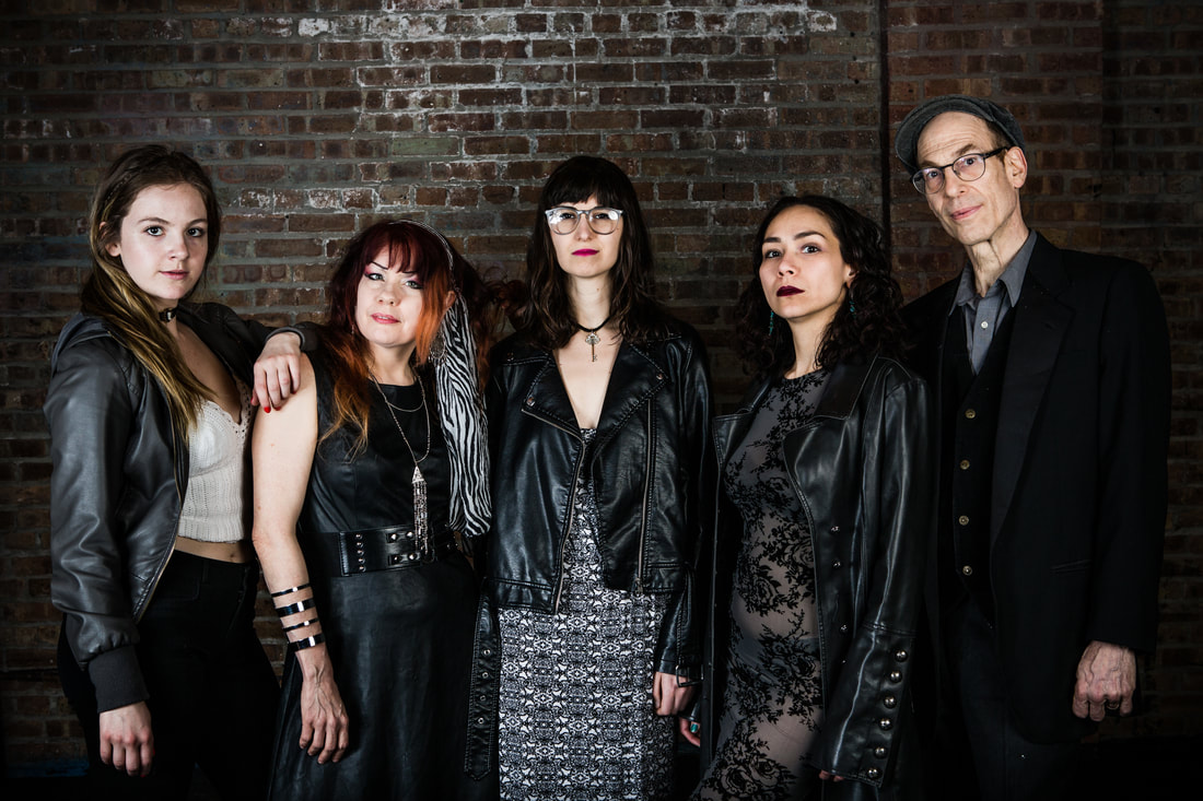 Zoë Pike, Diane Hamm, Olivia Lilley, Marlana Carlson, and Stefan Brün. Photo by Jeffrey Bivens.