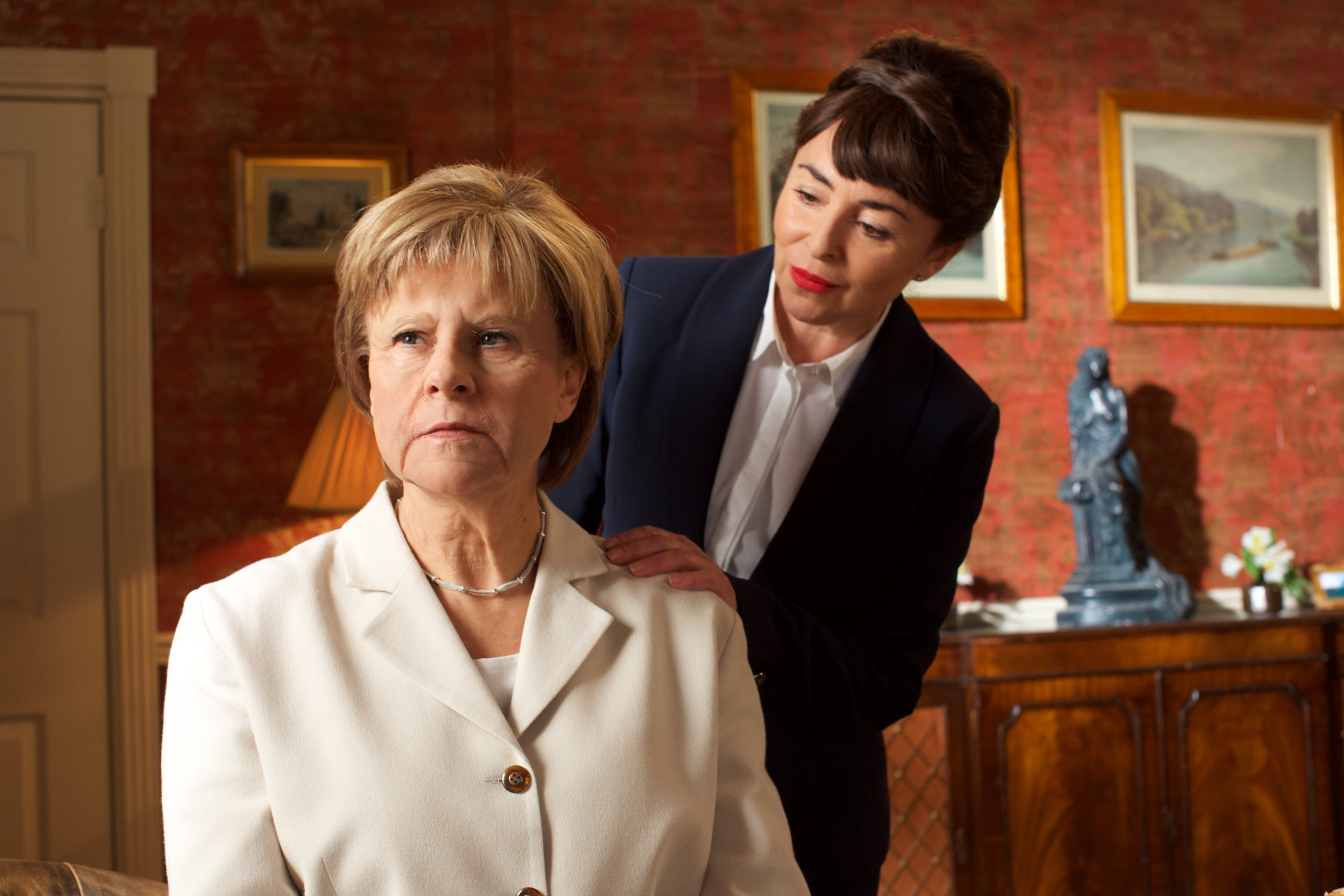 Tracey Breaks the News Series 1