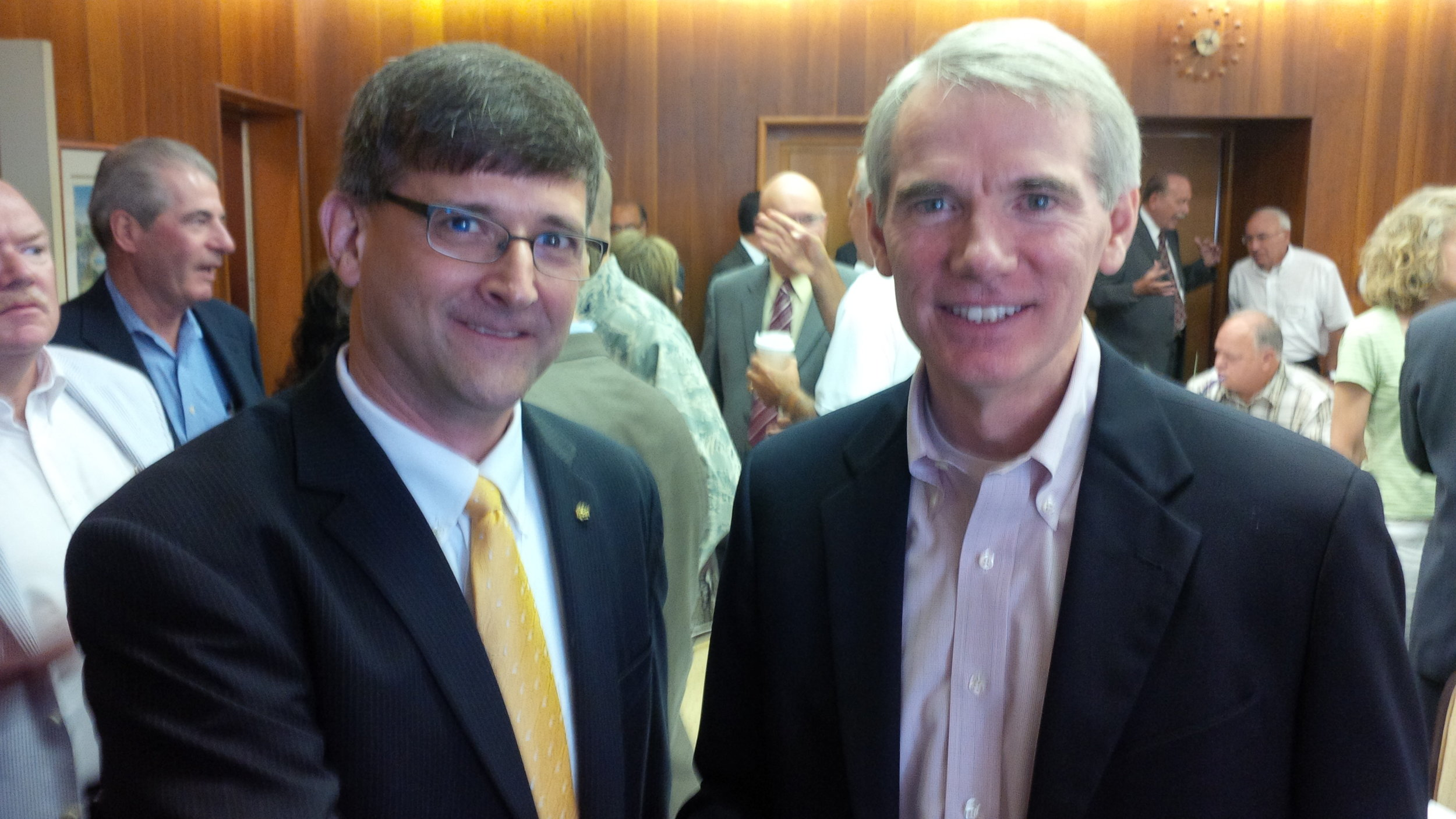 Bruce with Ohio Senator Rob Portman (R-OH) at an in-district meeting to discuss issues important to architects.