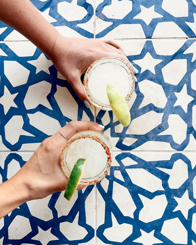 #MargaritaMonday is in FULL swing following that long weekend!! What is your go-to-marg? Ready? Set? GO!