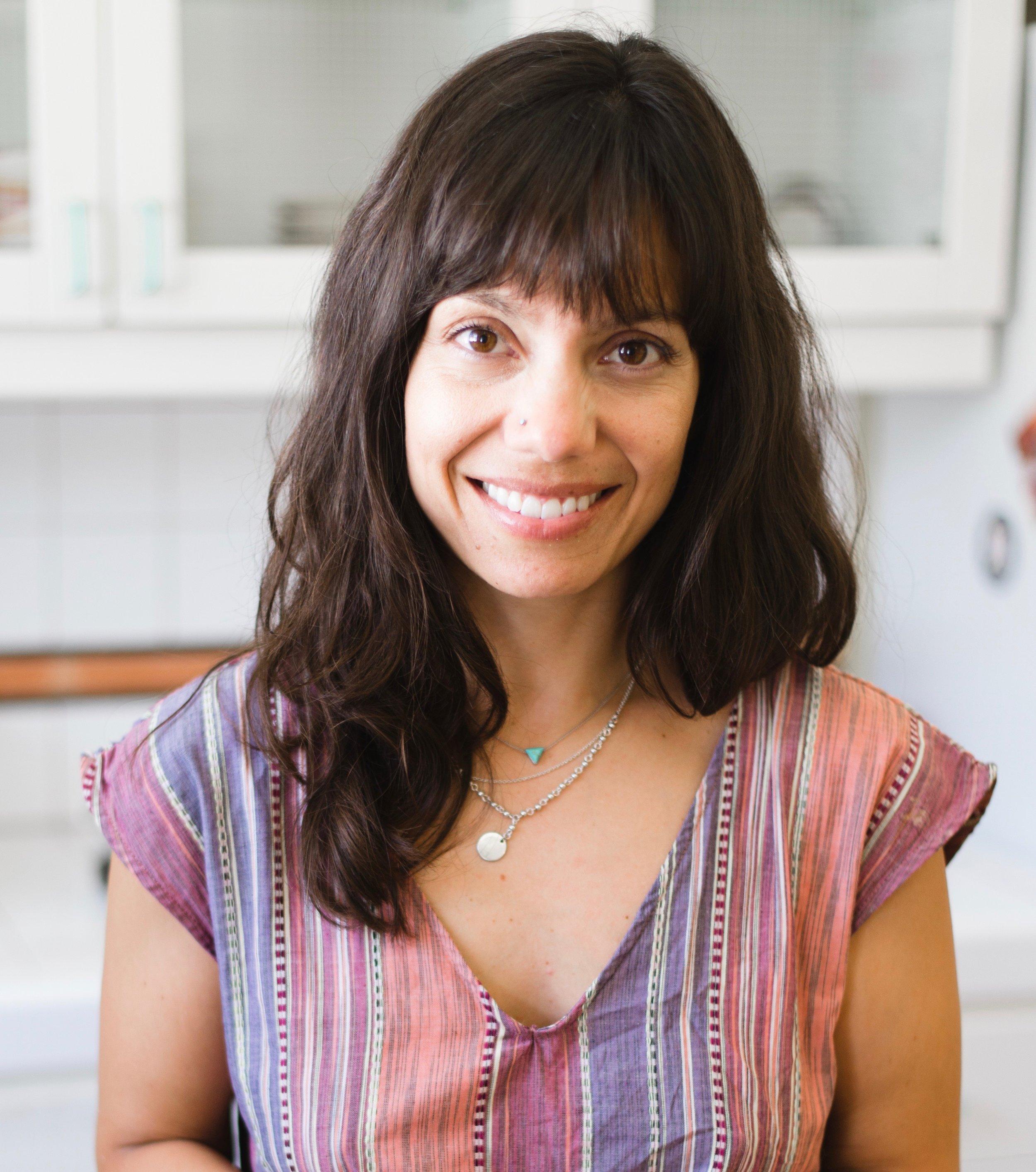 Guest Instructor: Jenna Furnari - E-RYT500 YACEP