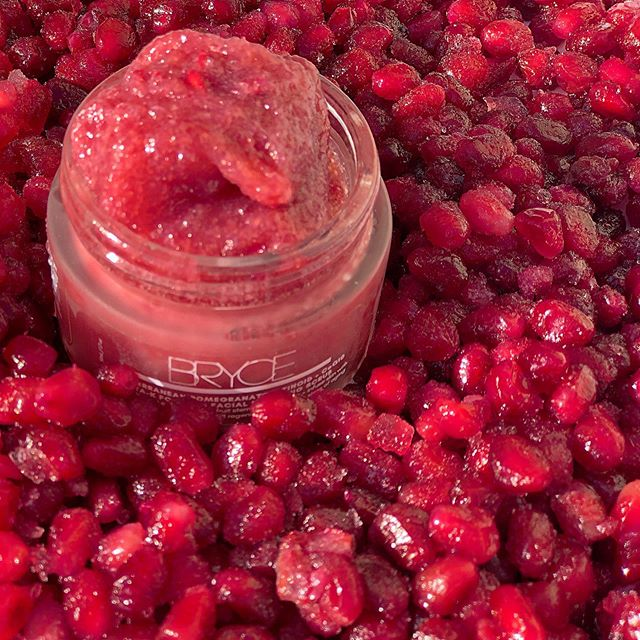 The Mediterranean Pomegranate 3-in-1 facial polishing scrub exfoliates, tones + moisturizes in just one use, while also doubling as a facial masque when left on for ten minutes before rinsing. Not only does it smell amazing, you'll experience a youthful glow + dewy complexion with vitamin A retinoid + CoQ10 formula, blended with our farm fresh, potent superfruit stem cell purée complex; infusing your skin with collagen peptides to help stimulate cell regeneration, while naturally tightening + firming skin, to help prevent wrinkles. We recommend this product for oily, dry, combination + sensitive skin types. BOGO + free shipping!