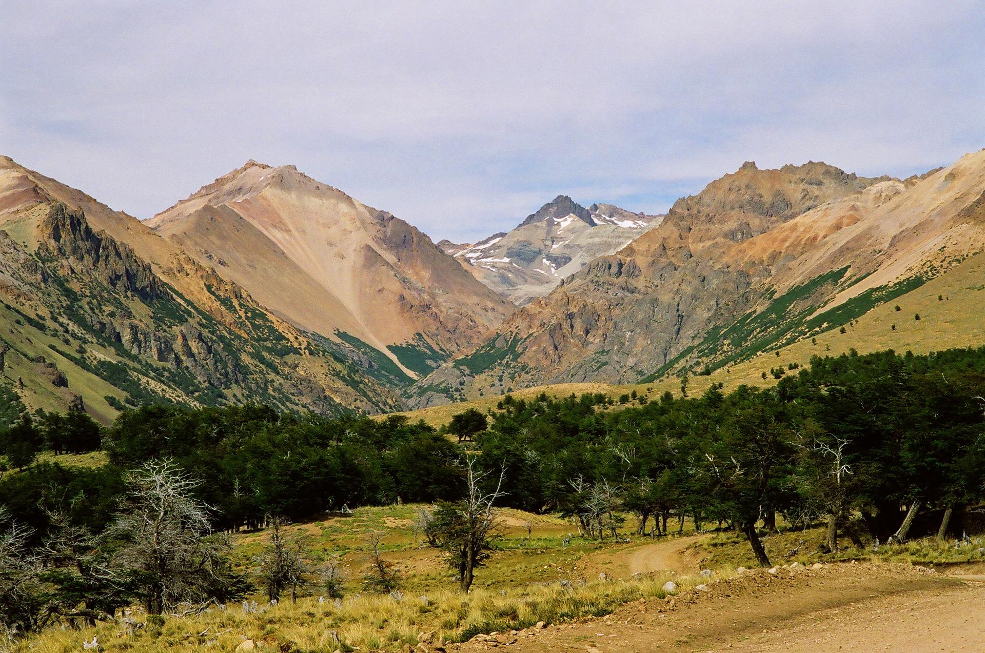 patagonia-970084_1920.jpg