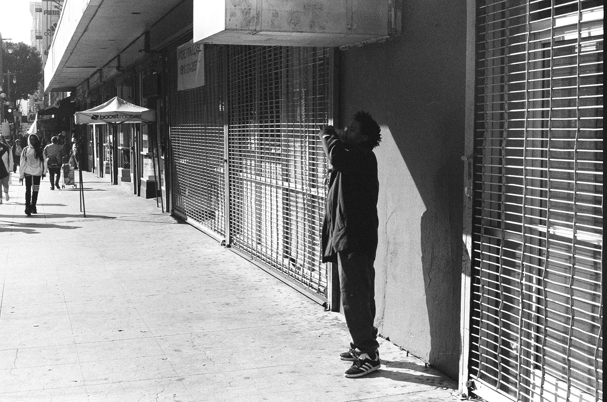 Downtown.  Pentax K1000. Kodak Tri-X. Fletcher Berryman 2018.