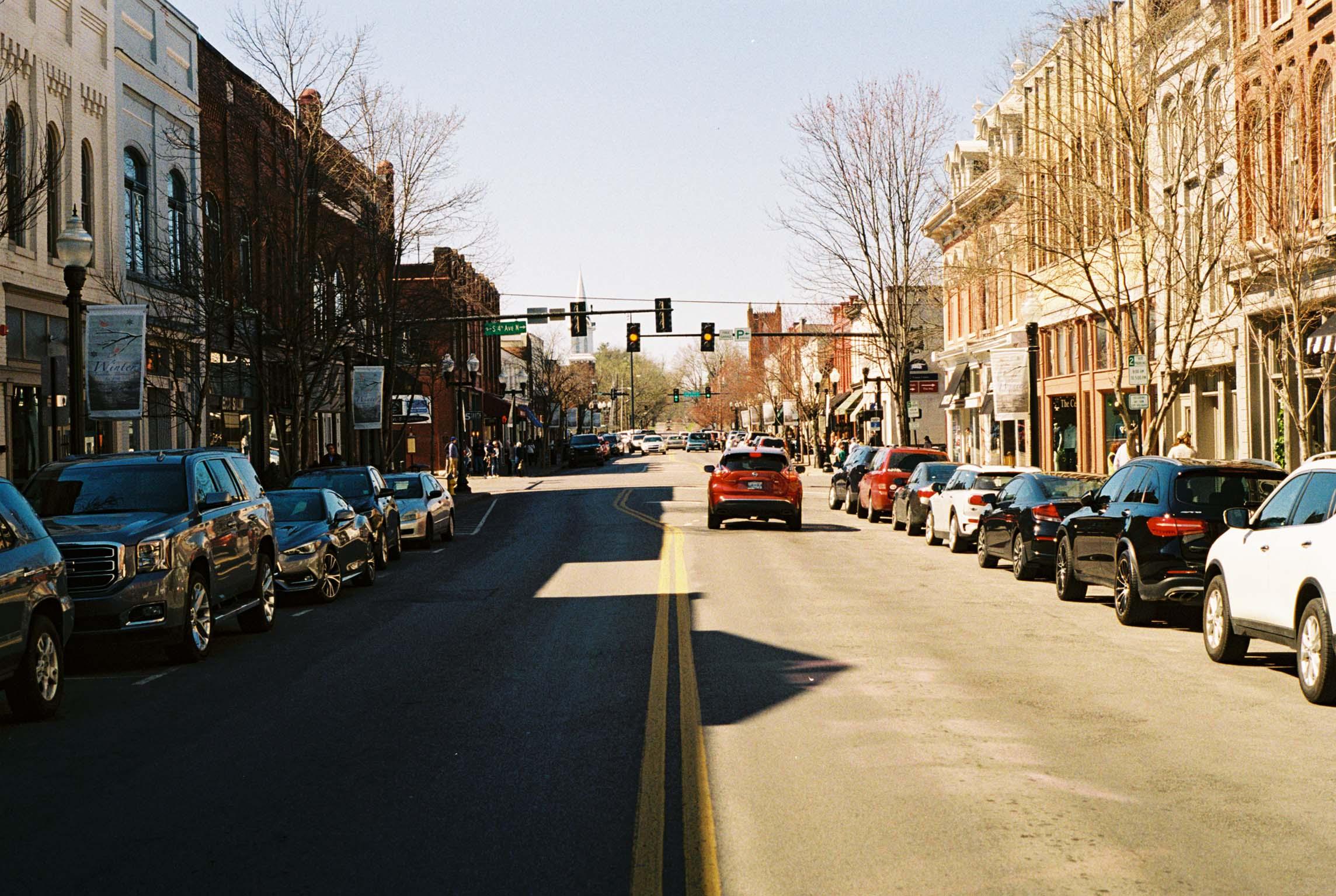 Franklin, Tennessee.   Kodak Ultra Max 400. Pentax K1000. Fletcher Berryman 2019.