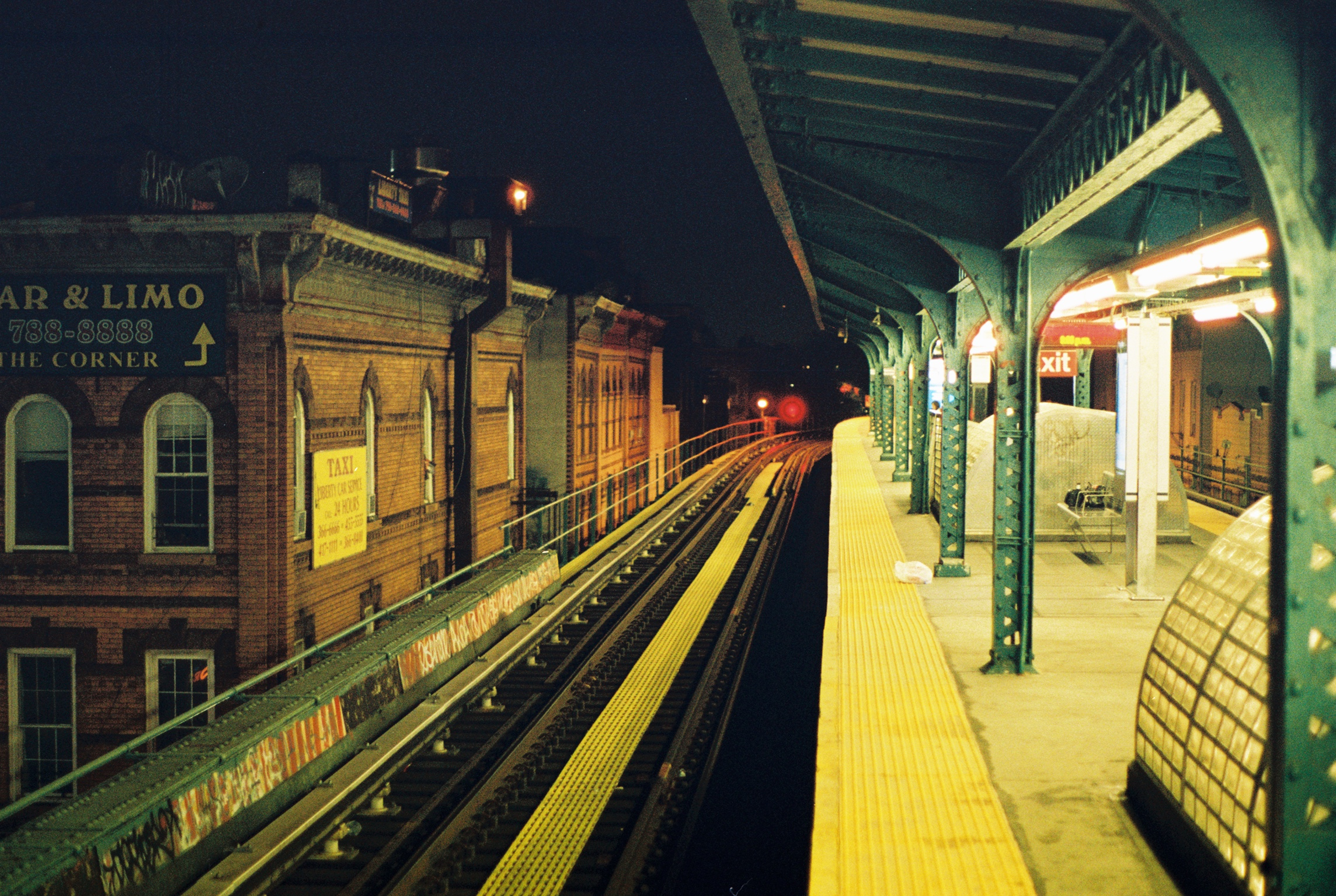 The Seneca Station on the M Train.  Ridgewood, Queens.  Kodak Portra 800. Pentax K1000. Fletcher Berryman 2019.