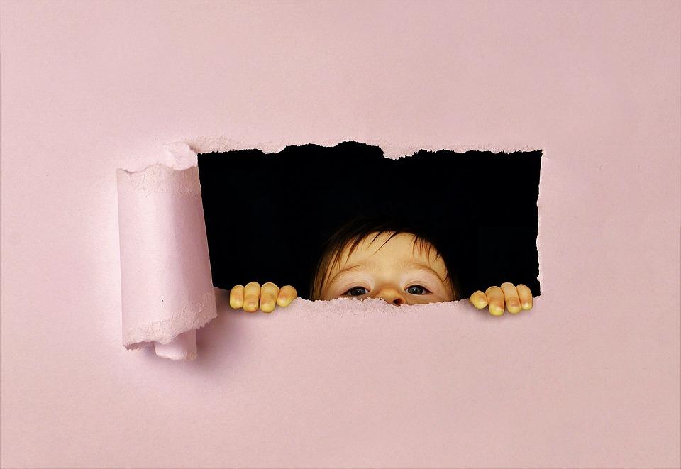 peeking child.jpg