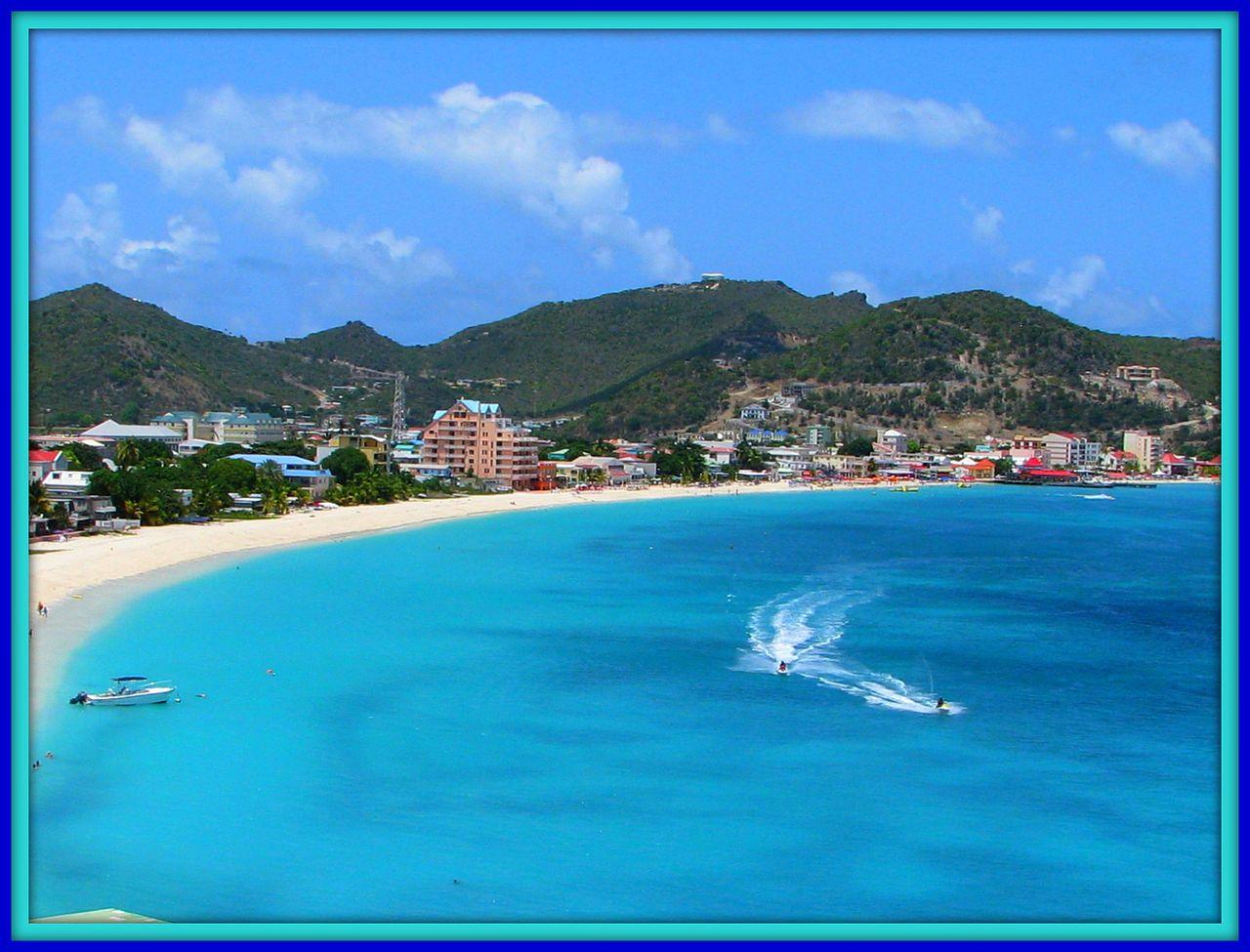 StMaarten-1280px-Philipsburg,_St._Maarten_(2670667896).jpg