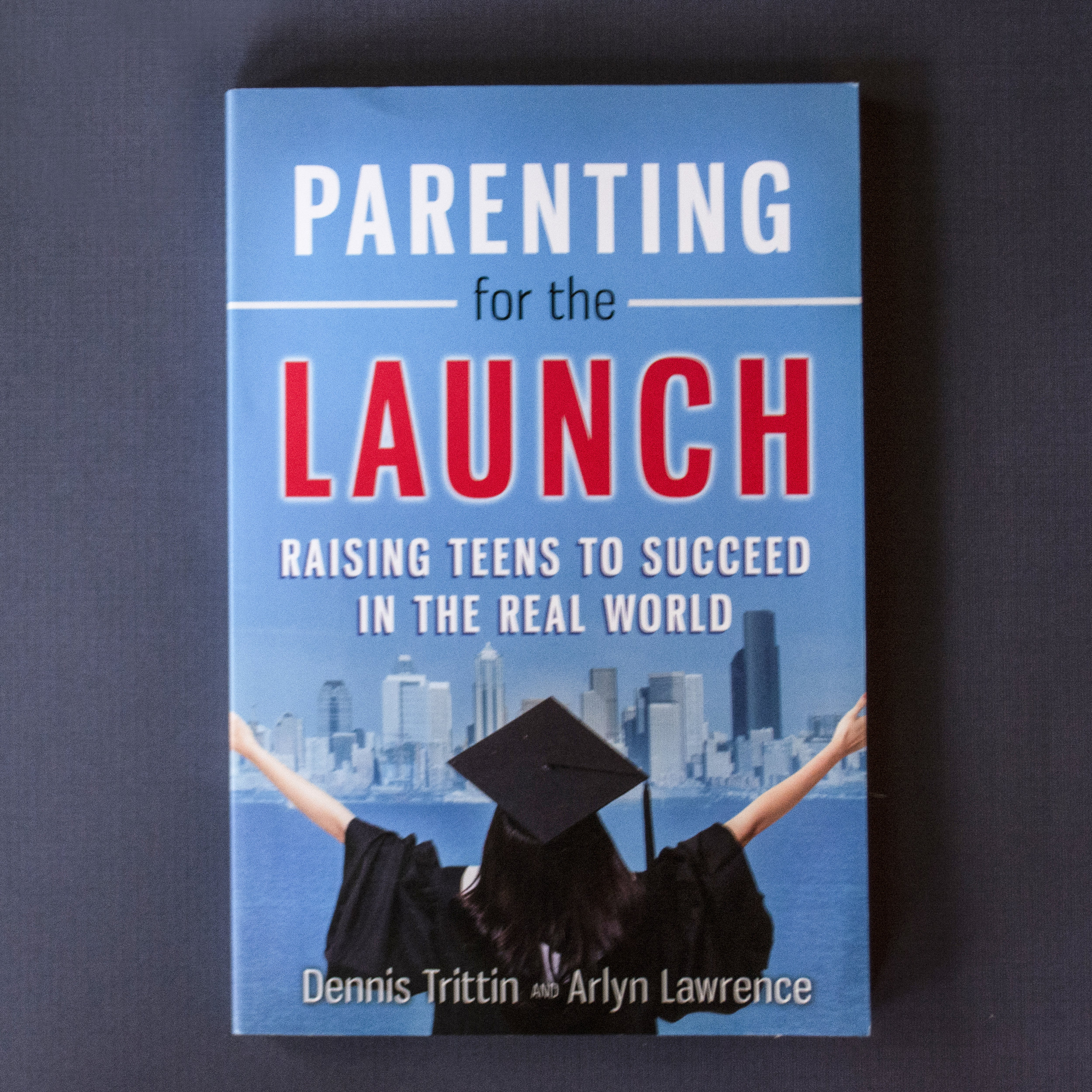 Parenting for the Launch - Dennis Trittin and Arlyn Lawrence - One minute they're playing with Legos, the next they're asking for the car keys, and the next … they've graduated and are out the door! This should not be a time of anxiety; it should be a time of preparation and anticipation! In Parenting for the Launch, you'll find innovative strategies that will help you prepare your teen to soar in adulthood.Parenting for the Launch is designed to help parents grow in their understanding, effectiveness, and confidence in preparing their teens for a successful launch. It is filled with principles, strategies, thought-provoking questions and exercises to guide today's parent. It also offers the invaluable perspectives and desires of employers and educators who are working with young adults--