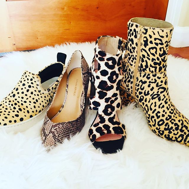 So I might have an animal print shoe problem... That being said, it is the perfect print in a shoe to add that lil' extra to a simple outfit!