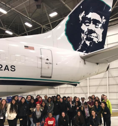 IGNITE field trip with Decatur High School students at Alaska Airlines. (IGNITE)