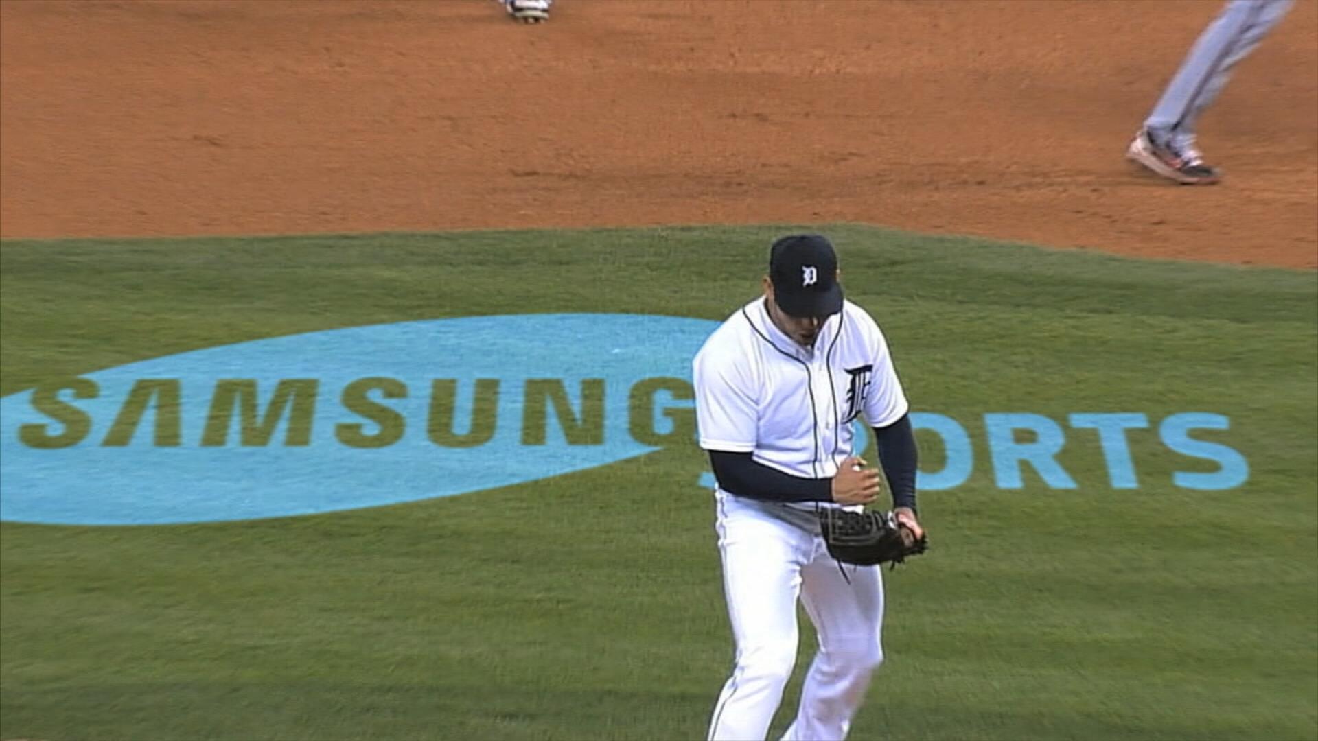 MLB (0;00;09;12).jpg