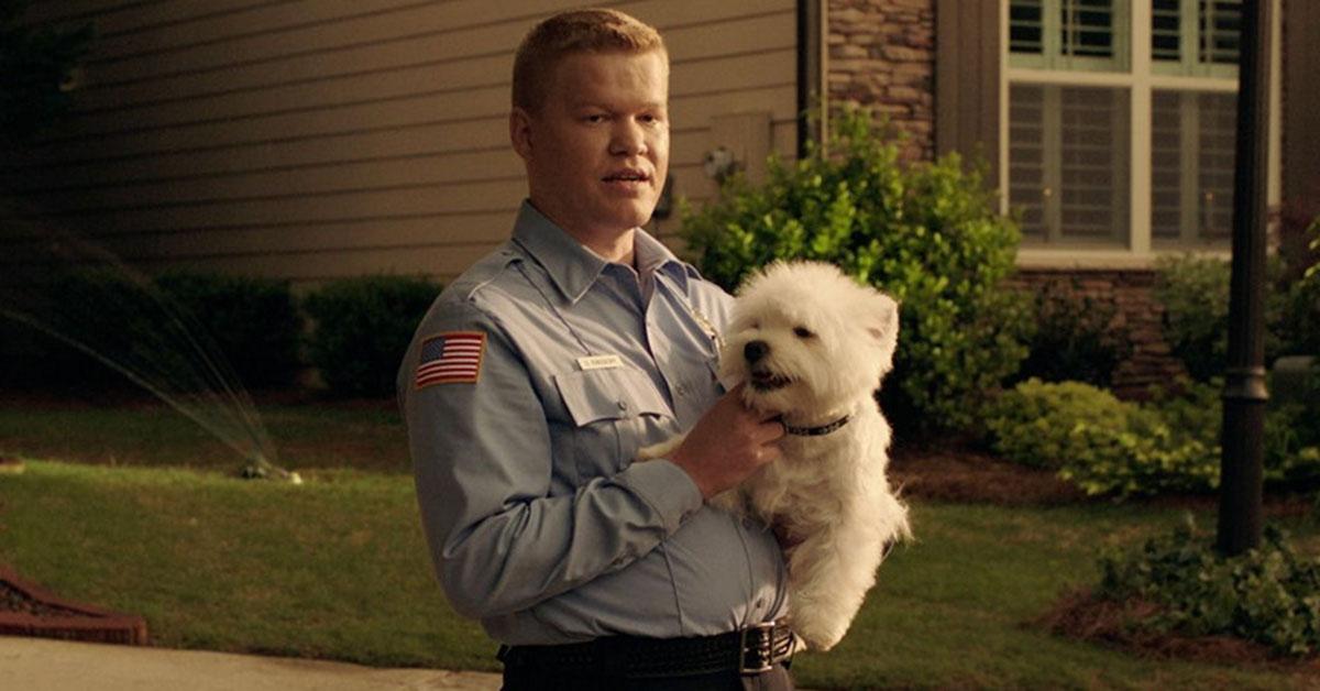 Jesse Plemons (Meth Damon) playing Gary with his dog Bastion
