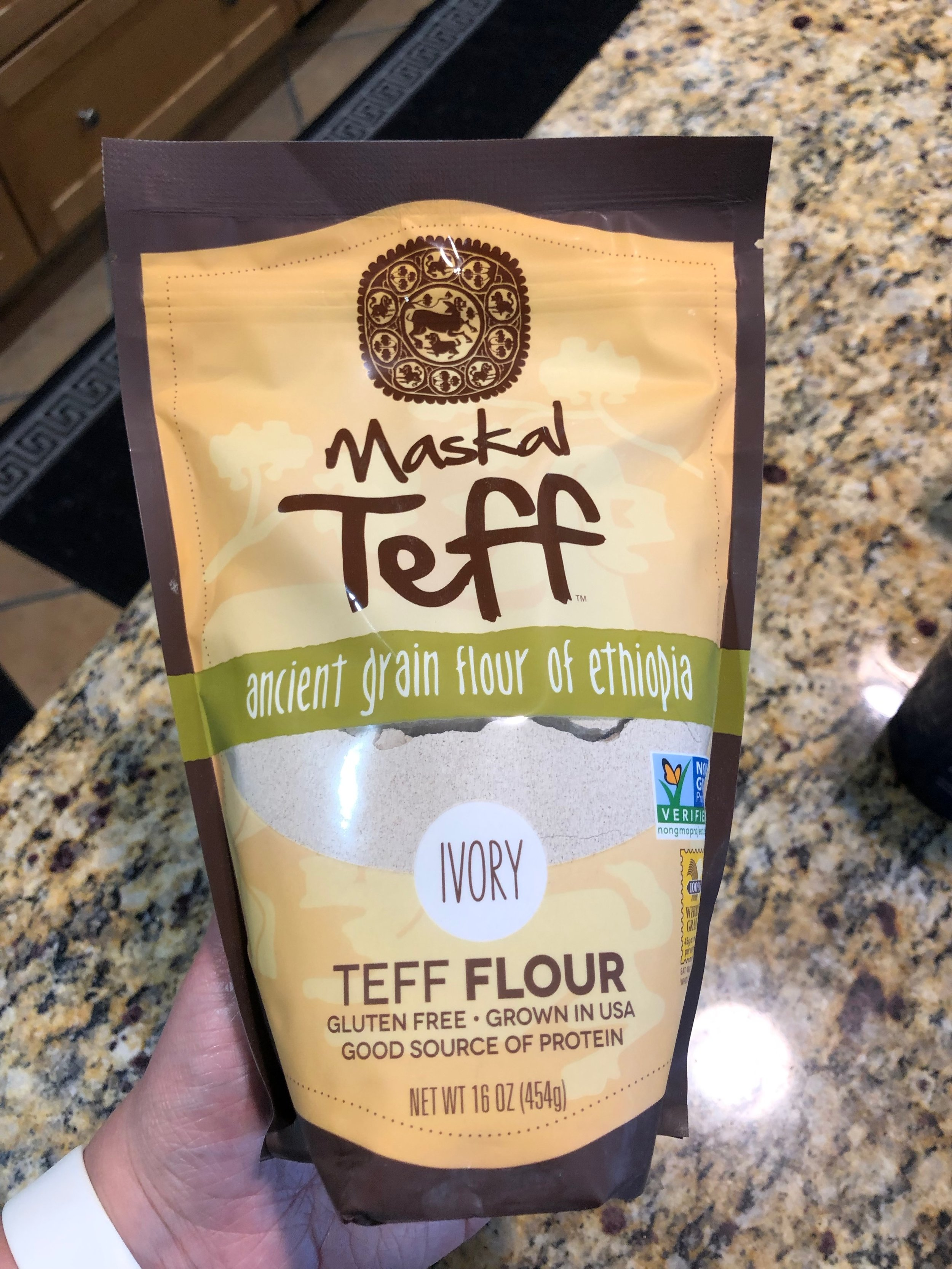 PB Chocolate Chip Teff Flour Cookies (Gluten Free!)