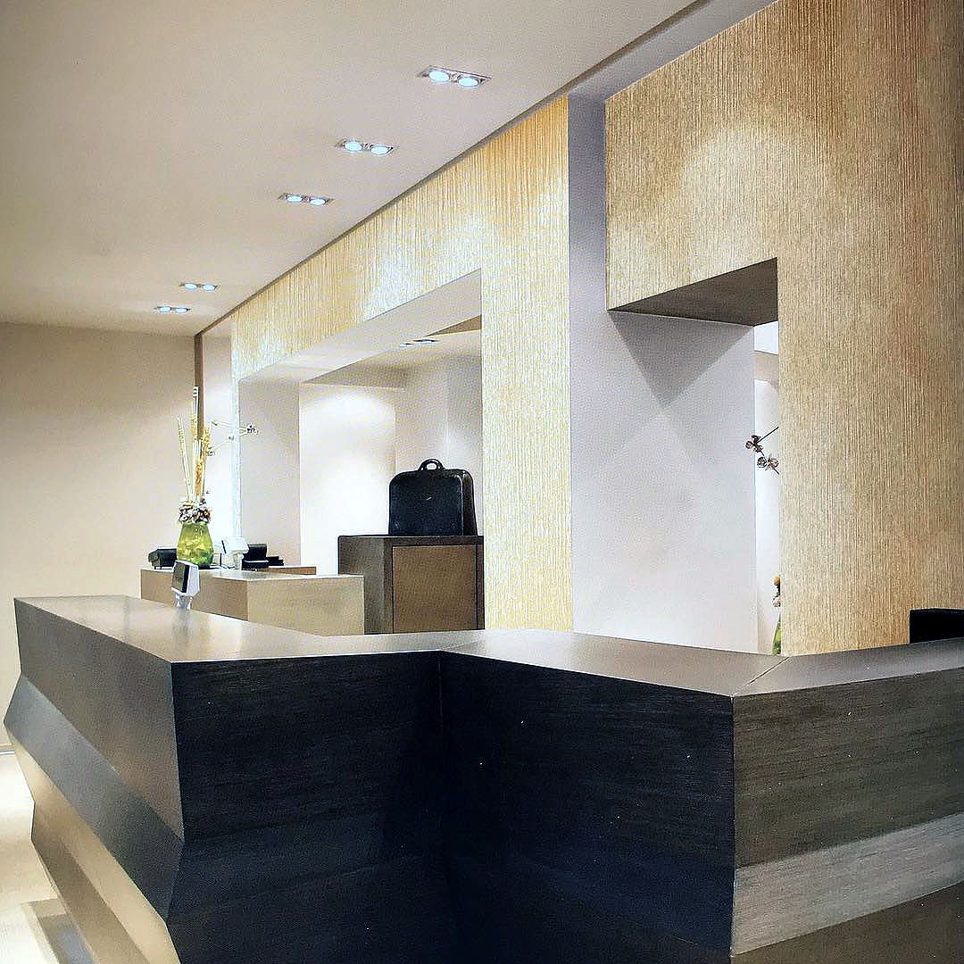 feature wall designs london 6.jpg