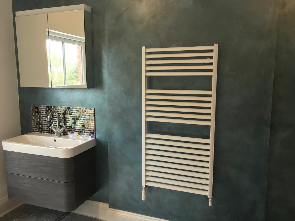 blue black faux metallic bathroom finish