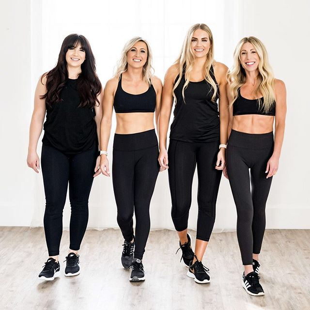 Another amazing 4-week challenge in the books! Wahooooo! 💃 I seriously could not have done it without these babes! 👯‍♀️ I am so grateful for my tribe of strong empowered women who love and support each other. I love y'all so much! ♥️ —  Now, let the real fun begin! It's time to start going through all the progress photos and testimonials! 😭 #icryeverytime  Once again, I'm amazed with the dedication and commitment women have when they put their minds to something. WOW! 👏🏻 I cannot wait to share!! 😍 Who's ready for another challenge! 🙋🏼‍♀️ #empoweredwomen #thegirlgang #girlbossgang #mytribe #fitnesschallenge #teamwork #lululemon
