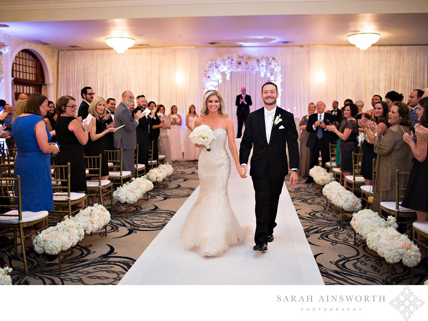 11_upscale-houston-wedding-crystal-ballroom-rice-hotel-houston-wedding-luxury-weddings-houston_02.jpg