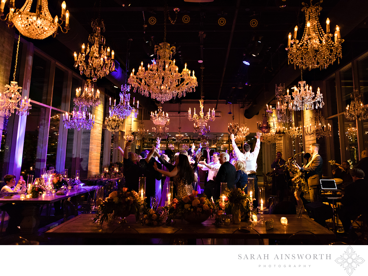 20_the-dunlavy-houston-wedding-houston-wedding-venue-with-chandeliers-houston-restaurants-as-wedding-venues_04.jpg