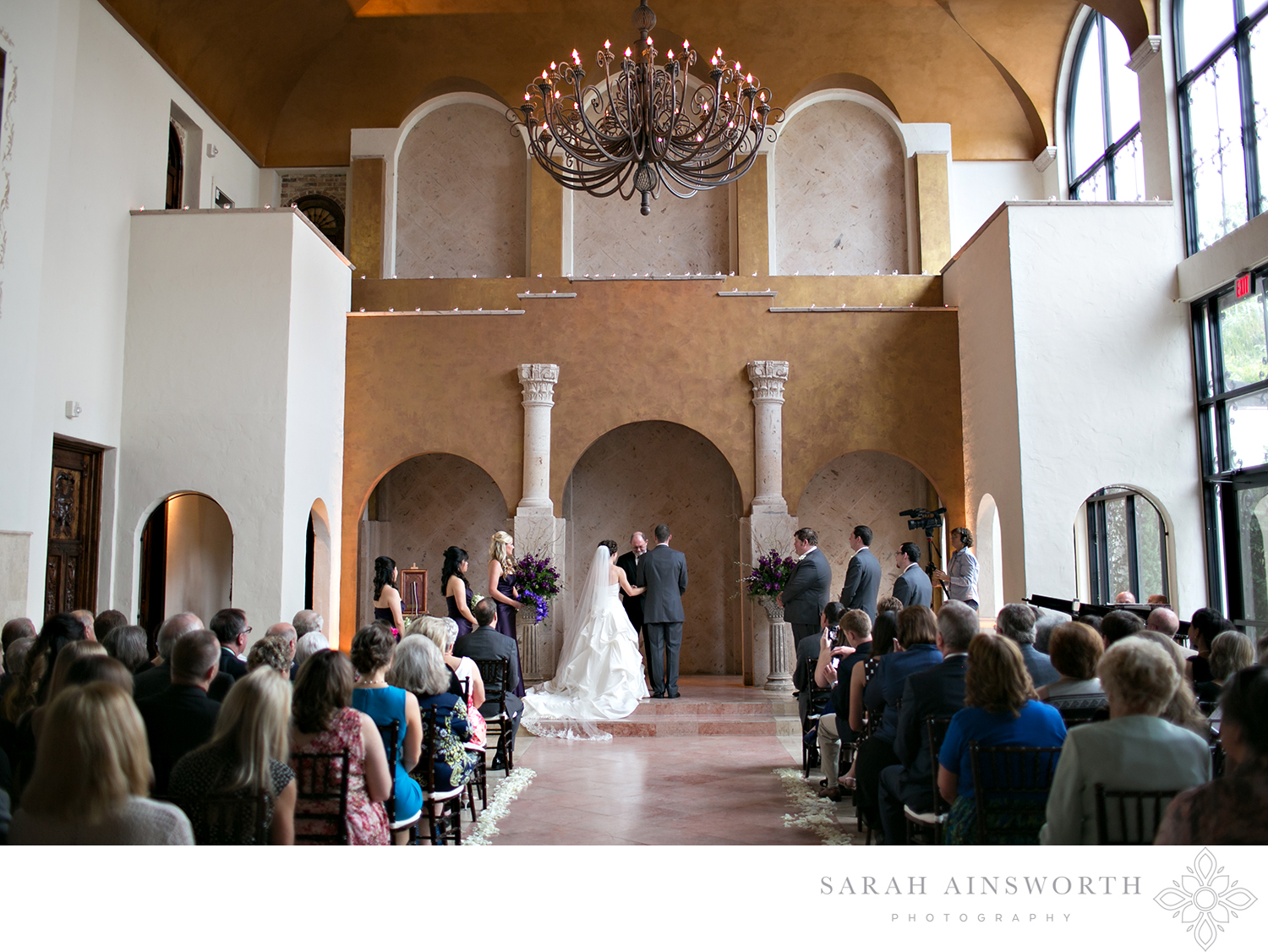 28_bell-tower-on-34th-wedding-venue-all-inclusive-houston-wedding-venues-_01.jpg