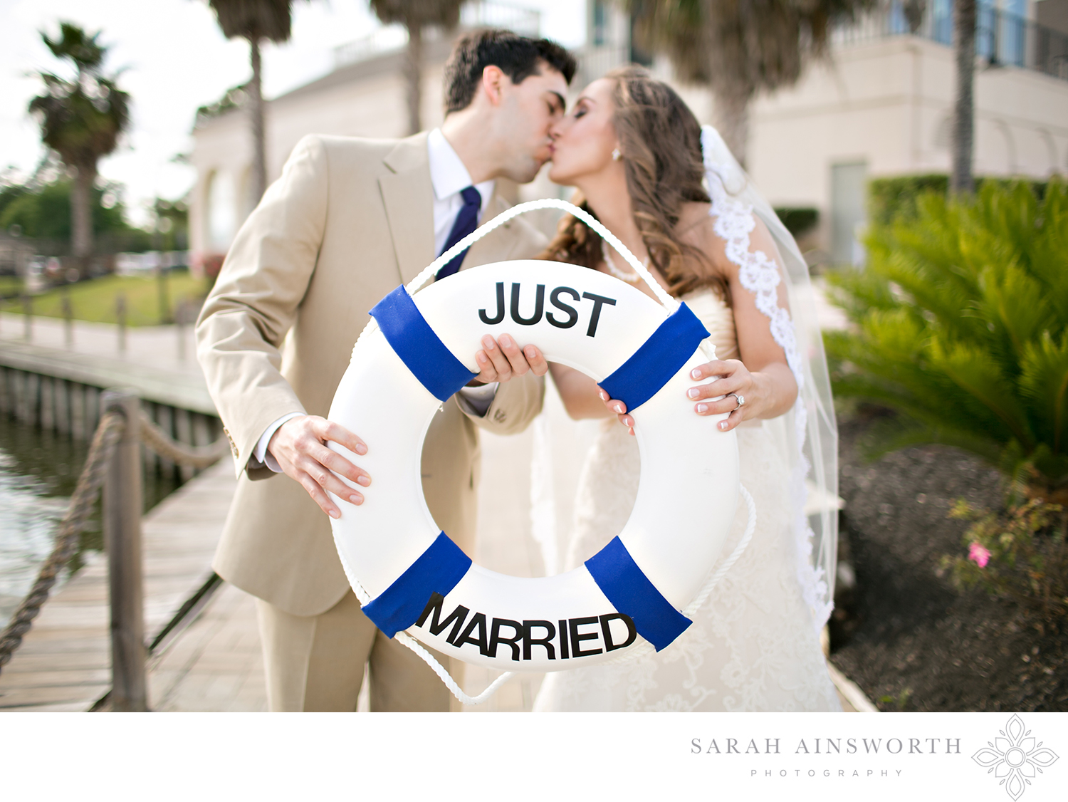 bentwater-yacht-club-outdoor-ceremony-by-the-water-montgomery-lake-conroe-wedding-venue-houston-wedding-by-the-water_01.jpg