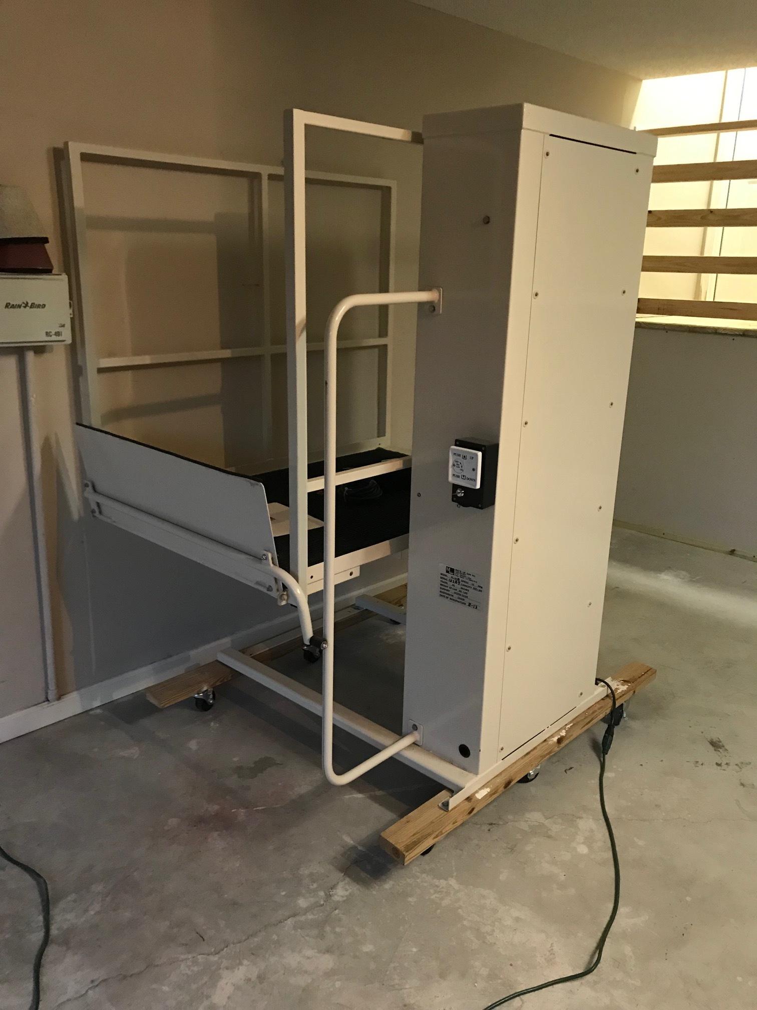 Used Mac's lift PL50, GA