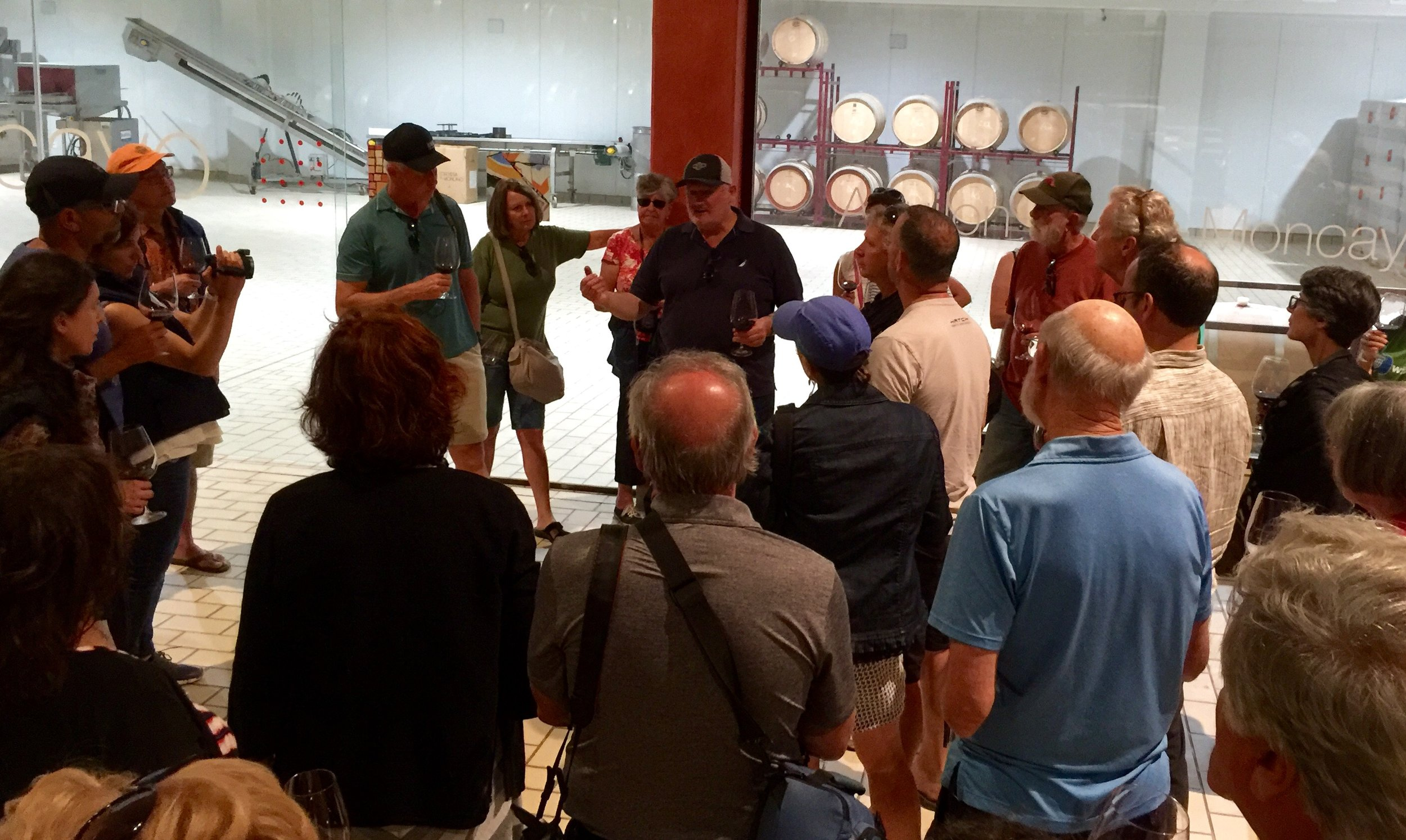 The fourth tour got a special surprise visit from rock star winemaker Chris Ringland who was in town from Australia to make the final Alto Moncayo blend.