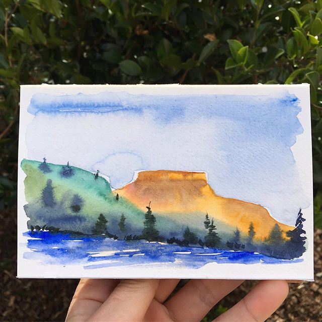 central Oregon sunrise 🌞 . . . . . . . . . . . . . #art #watercolor #watercolors #watercolour #watercolours #watercolourpainting #watercolorstudy #watercolorsketch #watercolorpainting #pleinair #pleinairpainting #landscape #landscapepainting #painting #holbein #windsornewton #artgram #artistsoninstagram #instaart #instaartist #artwork #artistsofinstagram #watercolorart  #oregon #exploreoregon #qorwatercolors #danielsmith #danielsmithwatercolors