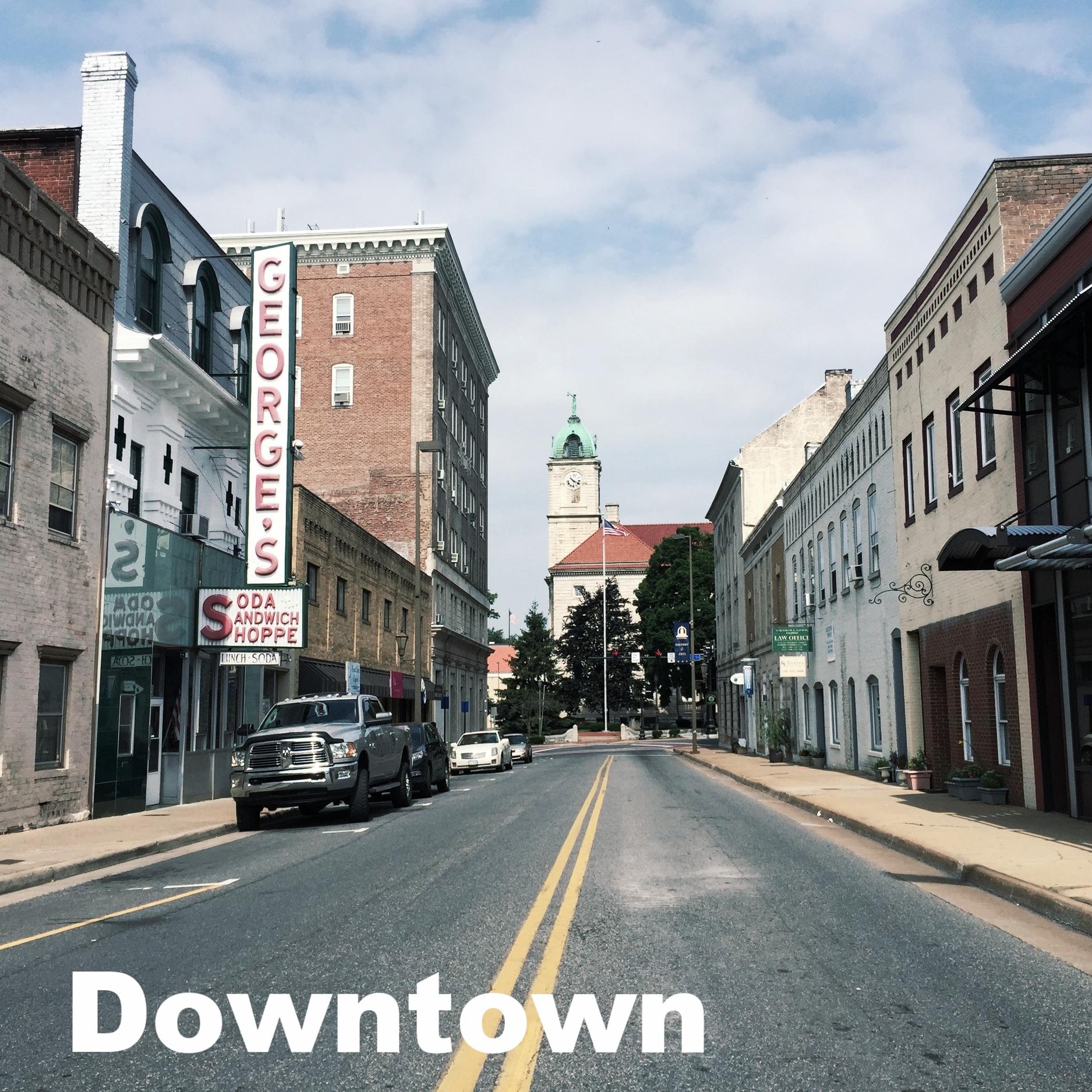 2016-06-26_10_22_24_View_west_along_U.S._Route_33_(Market_Street)_at_Federal_Street_in_Harrisonburg,_Virginia.jpg