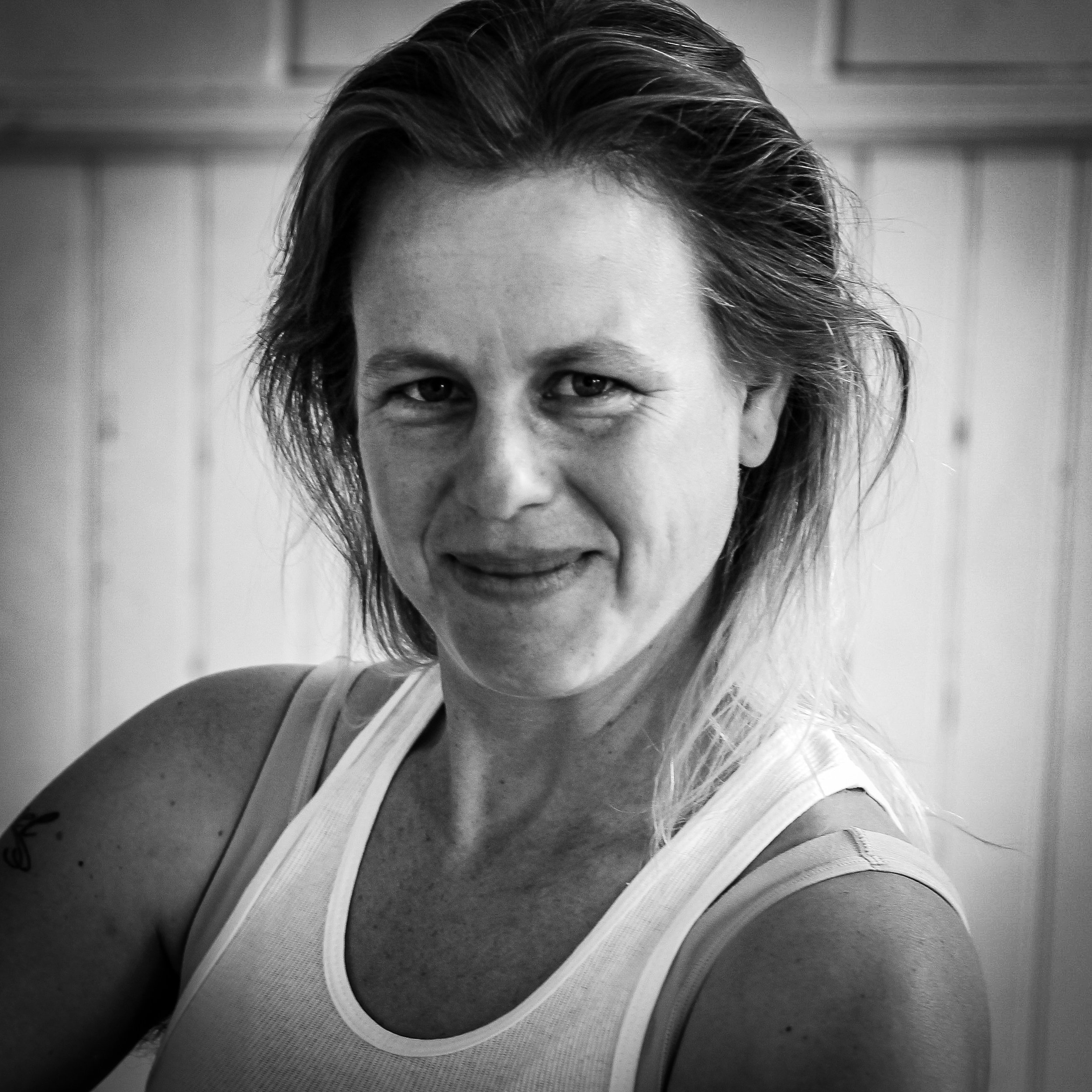 ZUZKA SABATA - Ensemble - ZUZKA is an actor, teacher, and community engager. She has performed with diverse companies, ranging from the CzechoSlovak-American Marionnette Theatre Co. in NYC to Woman's Will in San Francisco, and is a founding member of Banana, Bag, & Bodice.She has been on faculty at Dell'Arte International and a company member since 2010, with featured roles in Mary Jane: the Musical and Korbel V, among others, and is a regular performer at the Synapsis Collective monthly cabarets in Eureka, Ca. Zuzka is lead artist on Dell'Arte's multi-year collaboration with the Wiyot Tribe and co-founder of the Dell'Arte Prison Project.