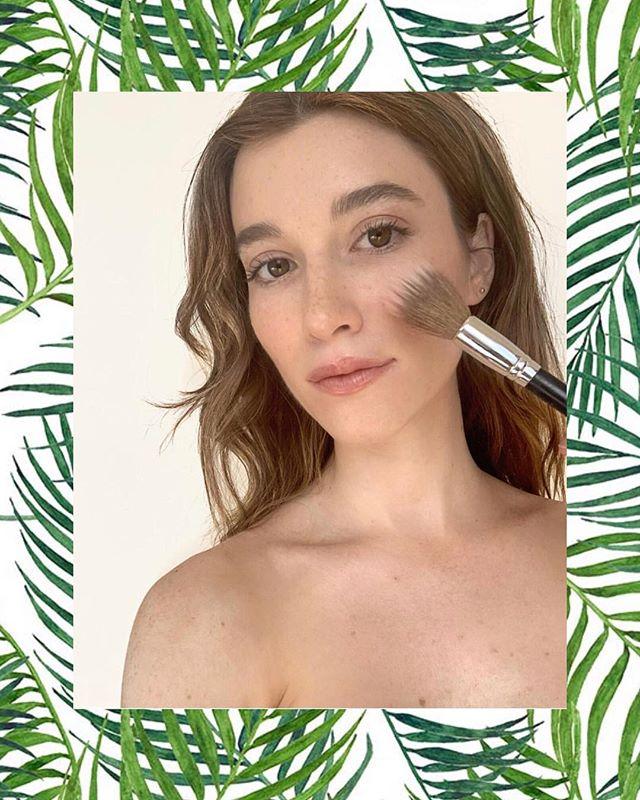 BTS W/ the lovely @avalonleigh && @chrissylynnstudio ❤️❤️ Makeup+hair by me  @makeupbymazer @luluartistscollective  #btsmakeup #muasfeaturing #muafeaturing #nomakeupmakeup #undonehair