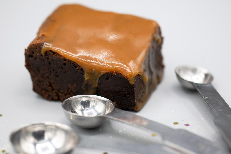 Salted_caramel_brownie.jpg