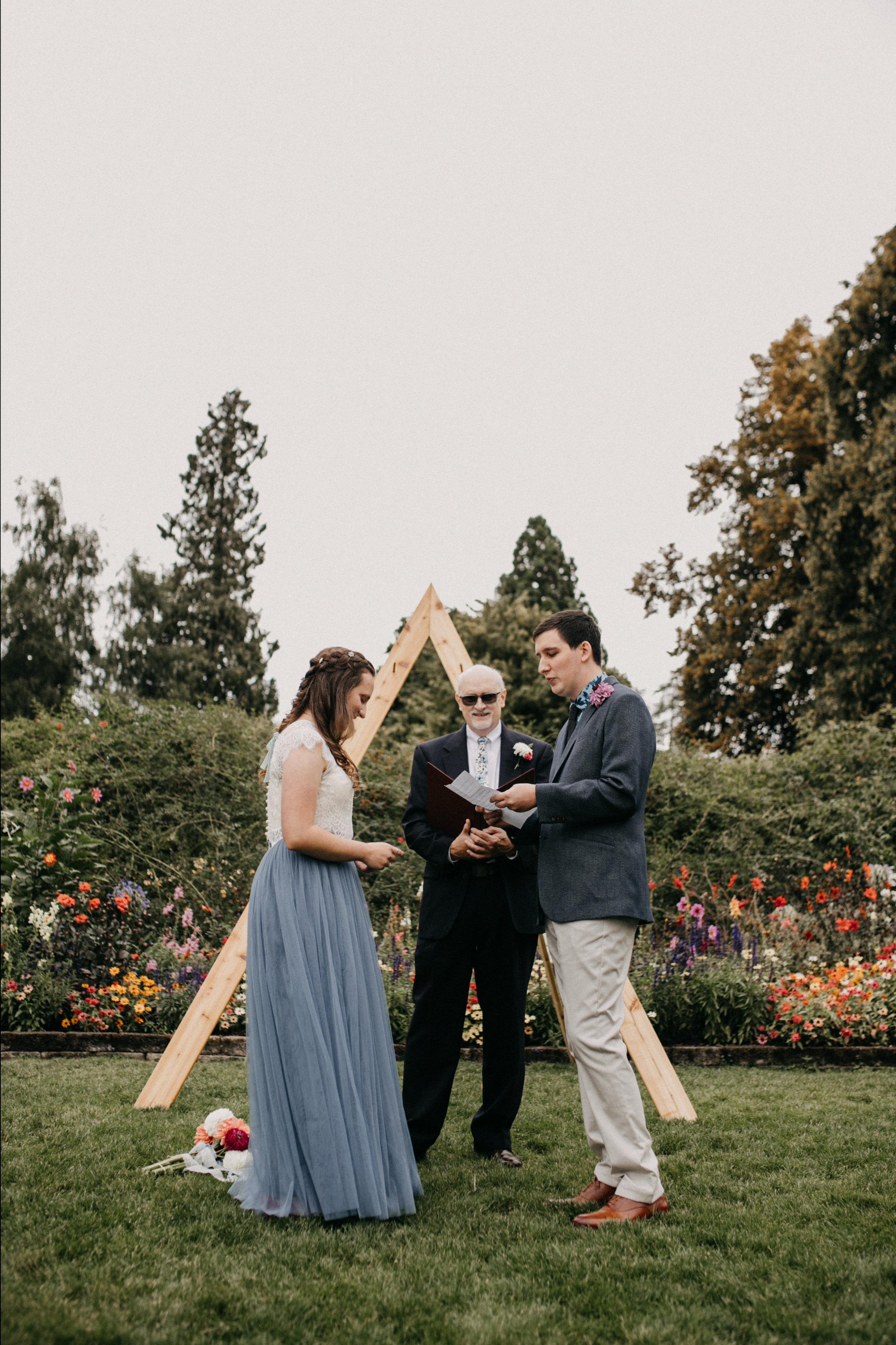 PointDefianceRoseGarden_Wedding_Stuberg_Melaphoto-5090.jpg