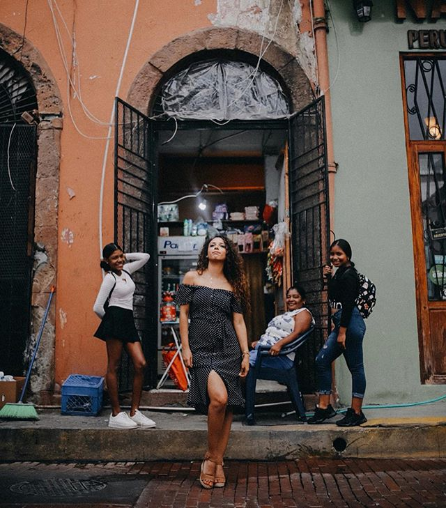 "Reminiscing hot and humid Panama today as I wear a hoodie in July! But more importantly reminiscing this day in Casco Viejo with the gorgeous sisters @geneadri1204 & @paolarps as they showed Noah and me their beautiful city.  This April, Noah and I took a spontaneous vacation to Panama. A part from all the sight seeing, sun soaking, beach combing, pool side hanging & exotic bird watching I was itching to shoot some human subjects. With us being total newbs to the area and no contacts apart from Noah's relatives, I didn't think I would be able to find a ""model"". (I say all this because as a photographer, I wanted a little ""destination"" flavor added to my work. The idea is to befriend locals and shoot them when you travel to those locations so you can rightly claim that you shot in that destination location! There's your free pro tip!) So, while I ran out of luck scanning through local Panamanian hashtags of couples and models, I gave up on the idea completely that is until I met these sisters.  It just so happened that one of the sisters is dating Noah's cousin. So naturally, after meeting with her I did that sneaky real life""slide into DMs"" thing and wouldn't you know it, her sister and her where ecstatic about getting their photos taken. The next day we drove into this gorgeous French quarters part of town and stopped traffic like a bawse!! These are some of my fav.  Do you want to break into the world of destination photography? Not sure where to start or how you could afford it? Why not start traveling outside of your state? This country is so spectacular! Living in Oregon alone has showed me how a state can have incredible natural beauty at every corner. I just need to keep exploring!"