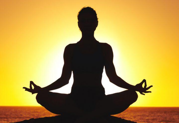Nyhet! VINYASA FLOW YOGA - Få et avbrekk og reserver en plass på Yoga Lunch Flow eller Evening Yoga! Registrer din profil på MindBody Online eller i MindBody-Appen i dag og kom i gang!- Reduser stress, hodepine og vond nakke- Øk tilstedeværelse resten av dagen- Få en ekstra kopp med te eller kaffeKlikk HER for å kjøpe enkelttimer for YogaKlikk HER for å kjøpe klippekort