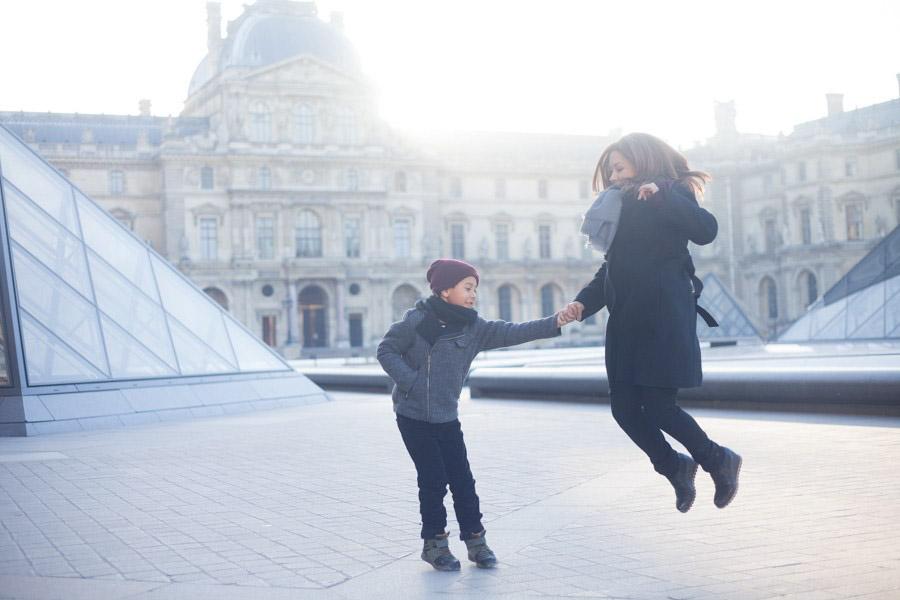 louvre-stephanie-photographer-paris-france-taylor-content.jpg