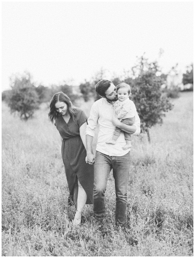 maria-family-photographer-portland-oregon-taylor-content.jpg