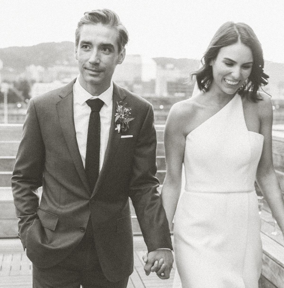 maria-couples-photographer-portland-oregon-taylor-content.jpg