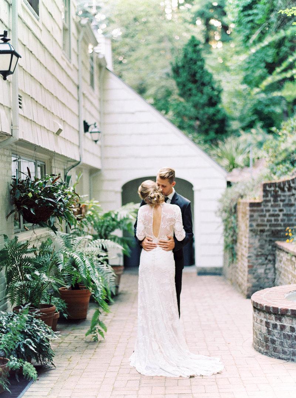 maria-wedding-photographer-portland-oregon-taylor-content.jpg