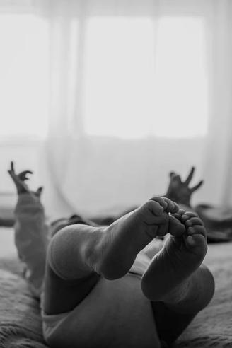 giedre-babies-photographer-lisbon-portugal-taylor-content.jpg