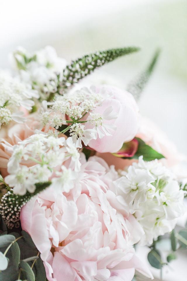 amma-bouquet-photographer-brooklyn-new-york-taylor-content.jpg