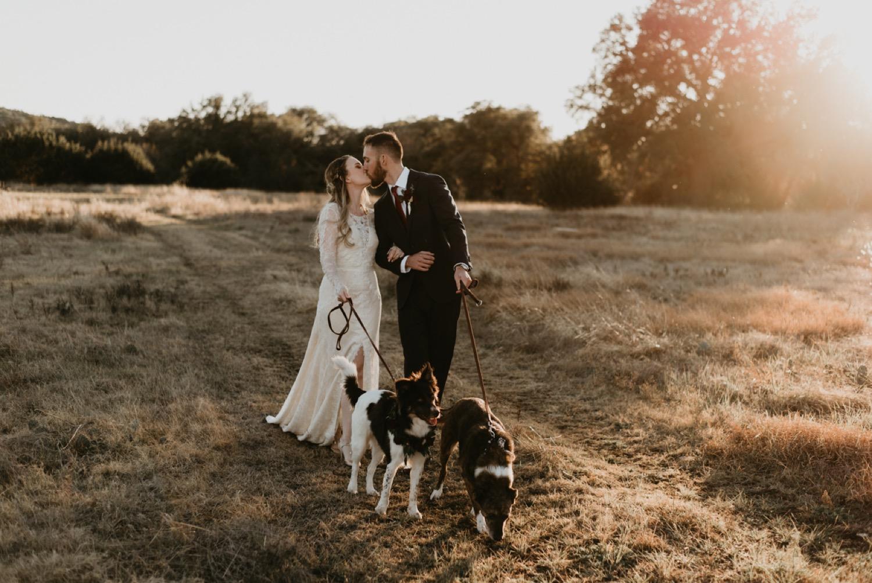 jesse-weddings-photographer-waco-texas-taylor-content.jpg