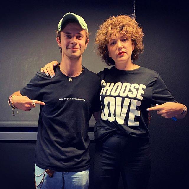 Huge T shirt energy from king  @celspellman & @anniemacdj