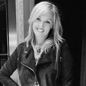 Jennifer Bett Meyer  Founder & CEO,  Jennifer Bett Communications  e.g., Parachute, Cuyana