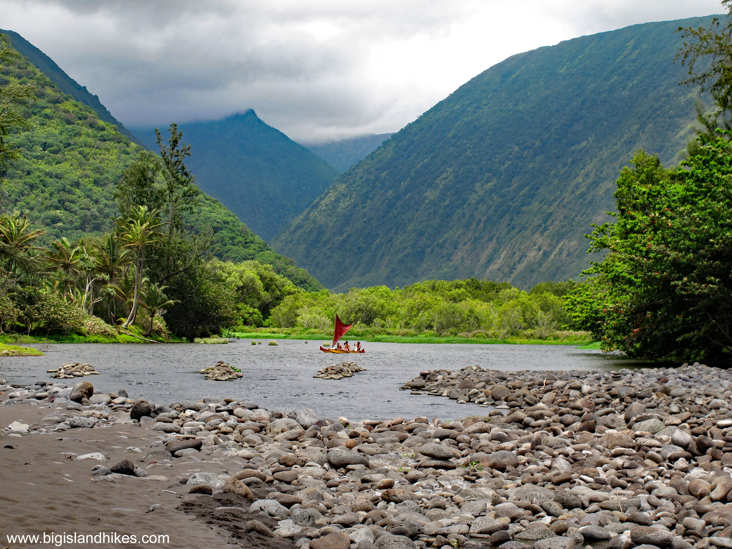 waipio valley river.jpg