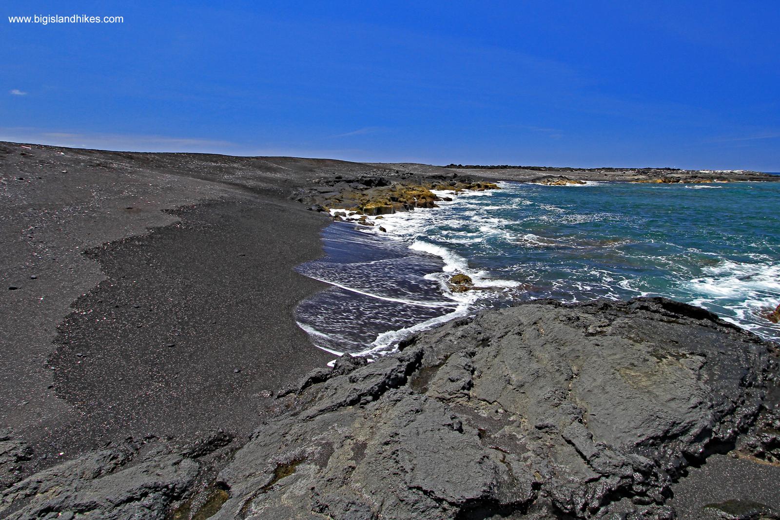 Makole'a Black Sand Beach