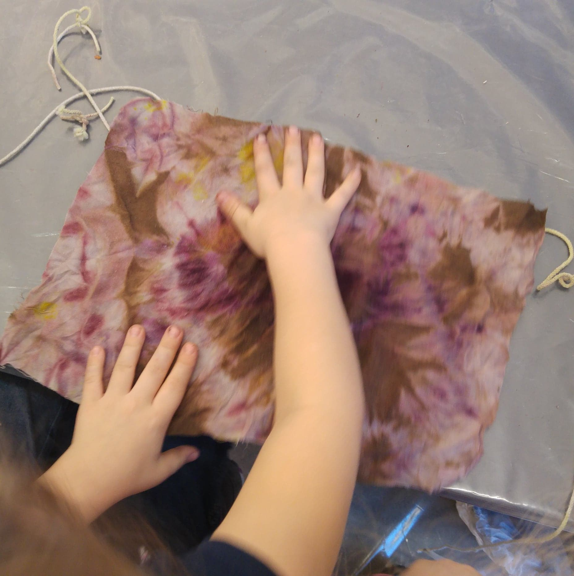 Natural Dye Workshop - Childrens Easy Piece by slow creations with young artists from The Cottage Preschool at Fiberspace Gallery