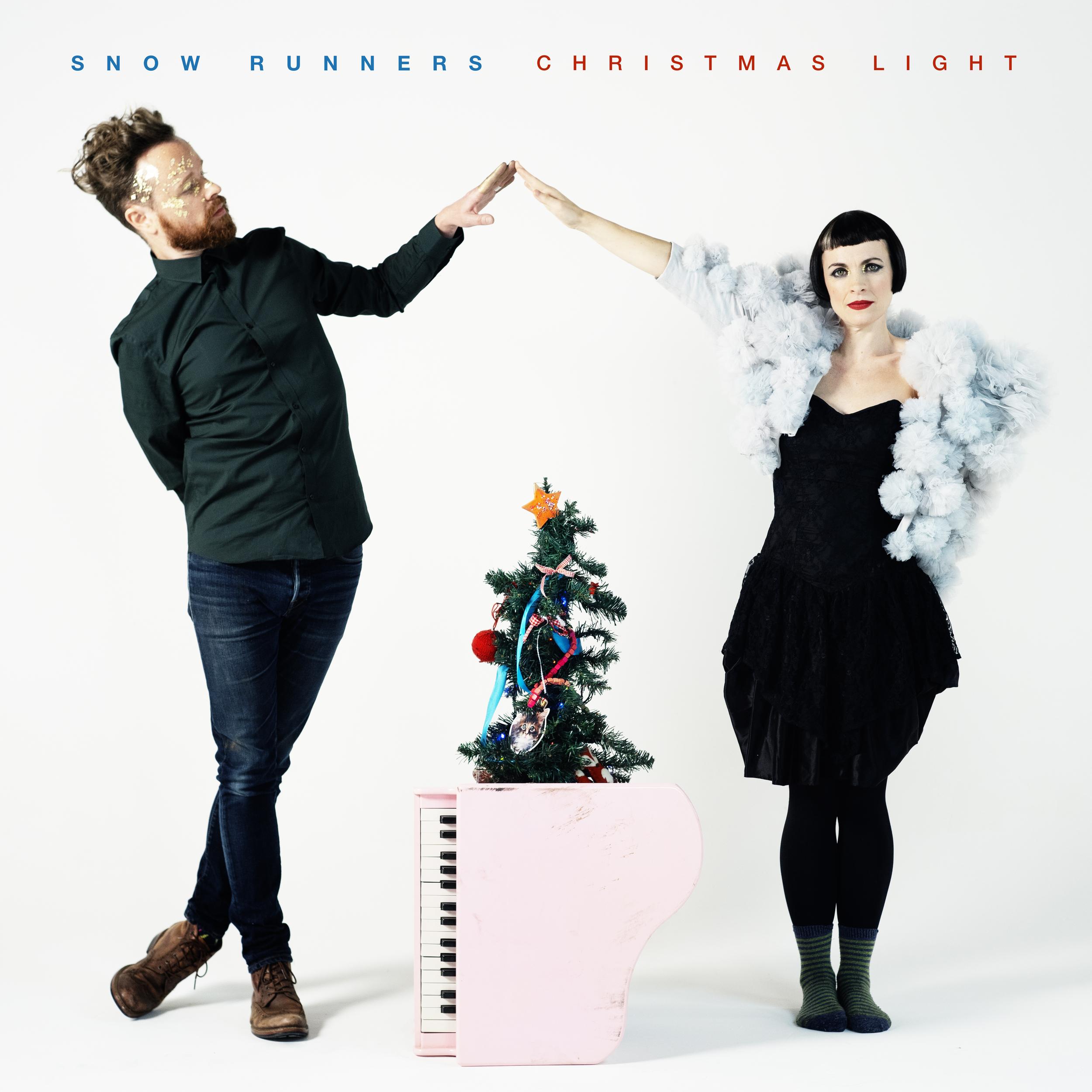 SnowRunners-ChristmasLight-full.png