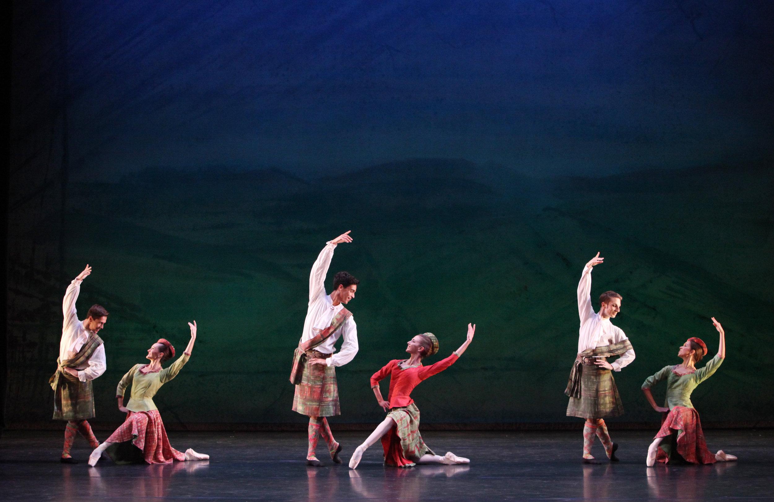 The-Sarasota-Ballet-in-David-Bintleys-Four-Scottish-Dances-Photography-Frank-Atura.jpg